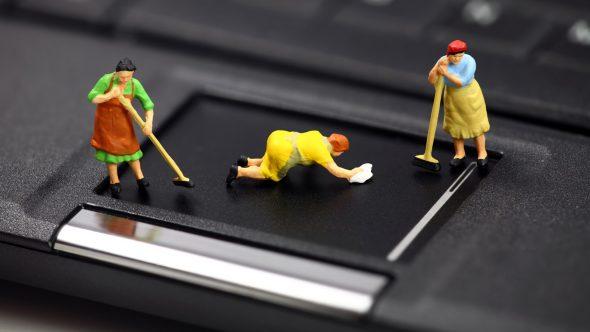 Curatare, va rog! – Service laptop interior si exterior